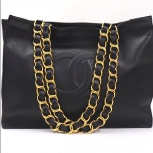 CHANEL Calfskin Timeless GST Chunky Chain Tote